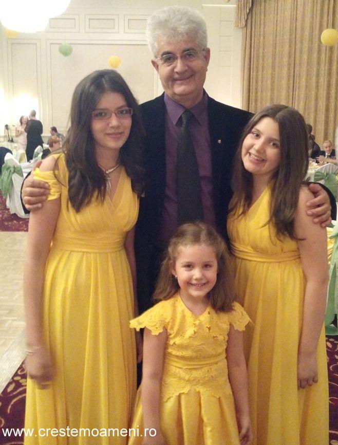tata de 3 fete - crestem oameni cu pasiune