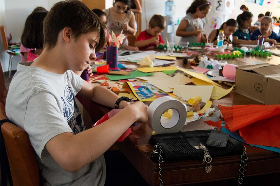 arts and crafts la clubul de vara helikon
