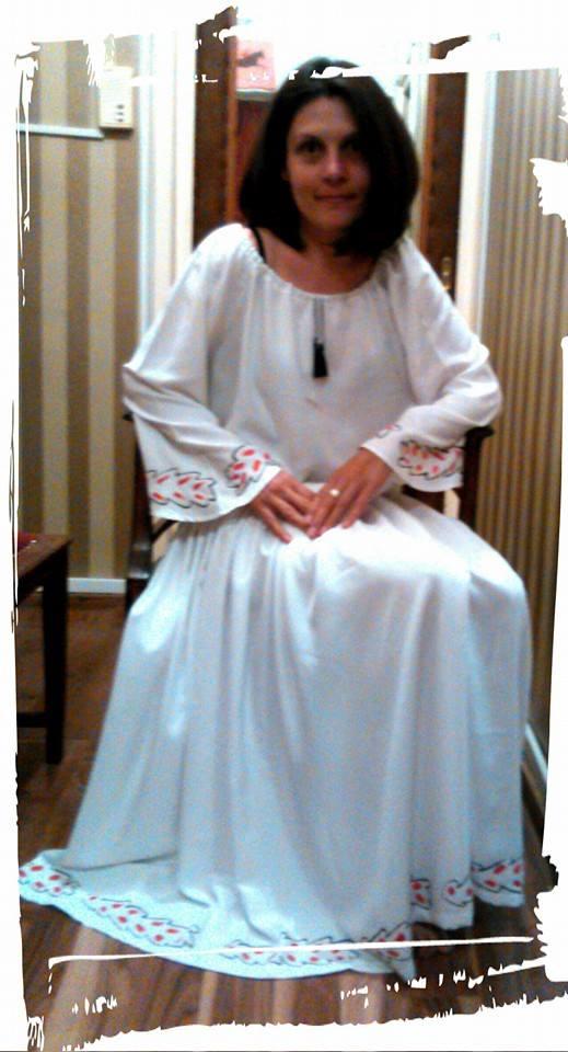 ISa- in rochie alba